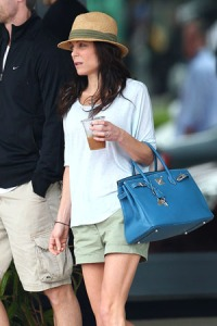 Bethenny Frankel and husband Jason Hoppy are spotted doing a bit of shopping together in Miami