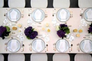 dinnerparty3-420x280